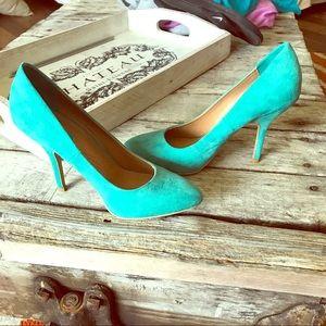 Trafaluc Zara teal heels in GUC. Size 38/7.5